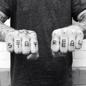 Knuckle Tattoo Stay Real