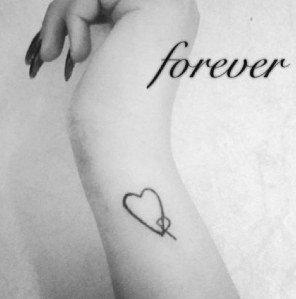 Heart knot tattoo on wirst forever in love cool tattoos for Love always tattoo